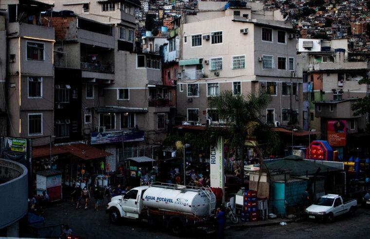 12 dias sem solução: Moradores da Rocinha continuam sem água e a CEDAE não tem previsão do reabastecimento