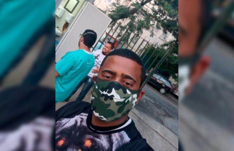 """""""Só quem pegou sabe como é"""": morador da Vila Cruzeiro relata experiência com Covid-19"""
