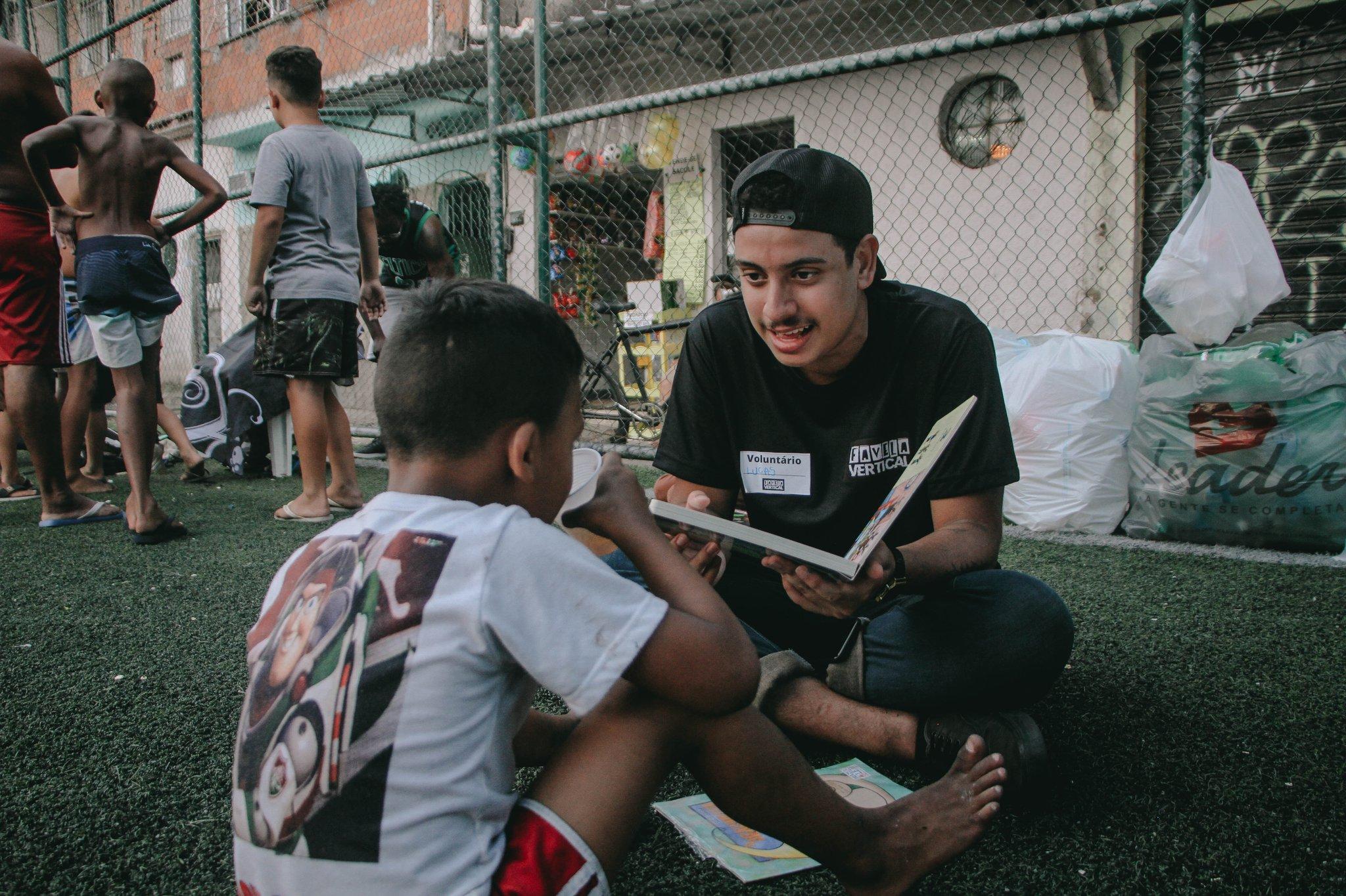 Coletivo Favela Vertical promove Semana de Profissões com aulas gratuitas e online