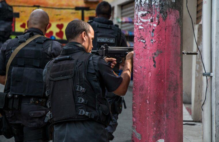 STF mantém suspensão de operações policiais em favelas do Rio na pandemia