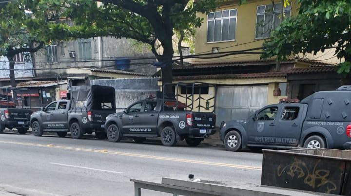 Manhã de operação policial na Cidade de Deus