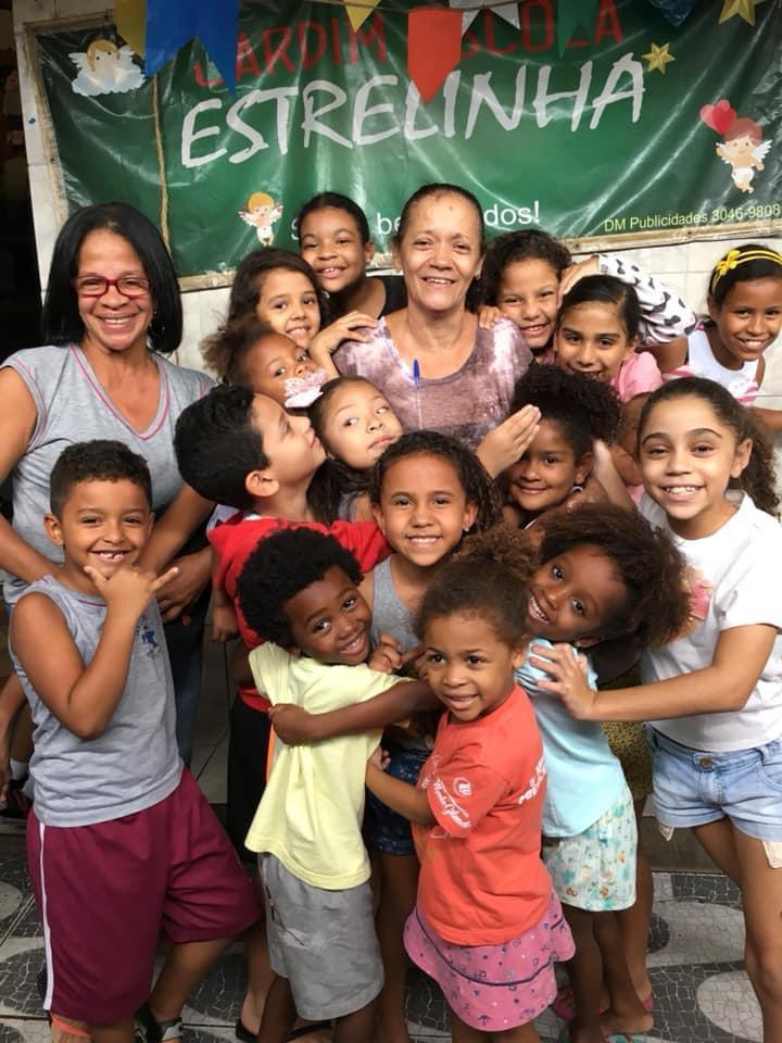 Creche Estrelinha faz vaquinha on-line para ajudar famílias de crianças atendidas no Alemão