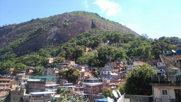 Polícia Militar faz operação no Tabajaras, Zona Sul do Rio
