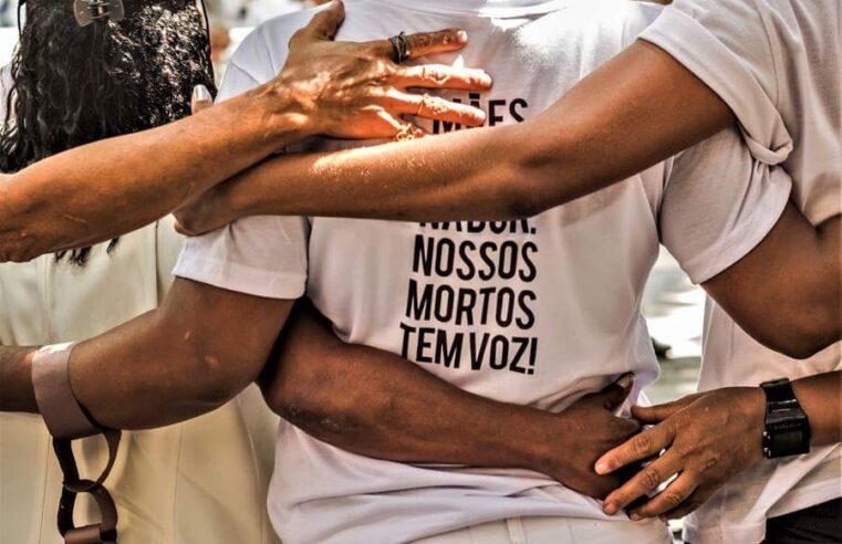 Mães da favela: o luto que vira luta