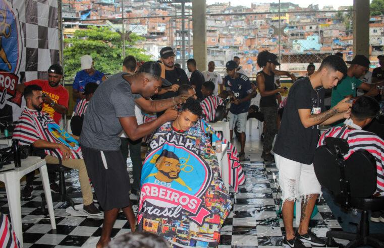 Moradores do Complexo do Alemão participam da Batalha dos Barbeiros Brasil
