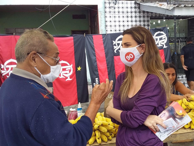 Em visita à Vila Kennedy, Clarissa Garotinho promete programa de cooperativas de empregos em comunidades