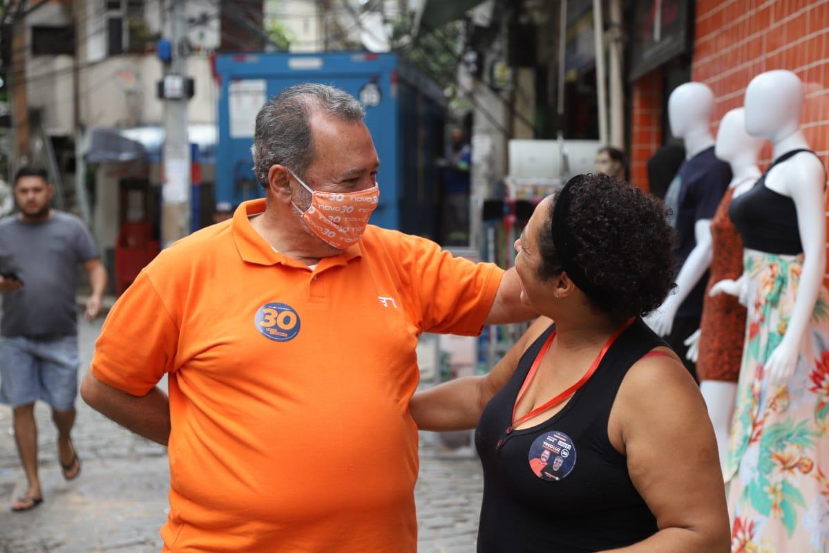Candidato Fred Luz visitou a favela da Tijuquinha na última terça-feira