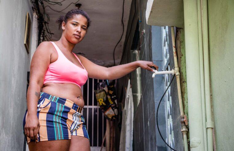 Moradores seguem sem água e medidas para reduzir os impactos não são eficazes na favela