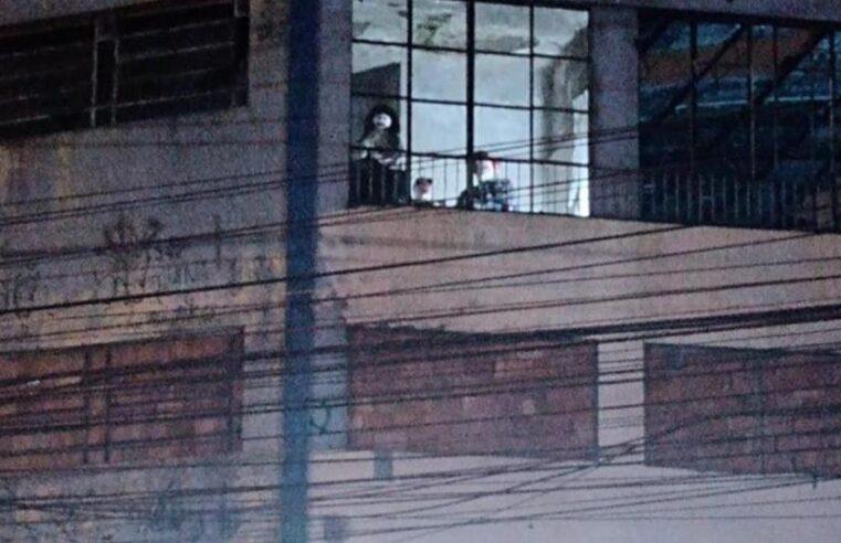 Bonecas da TUFFY assombram moradores no Alemão; Entenda a história