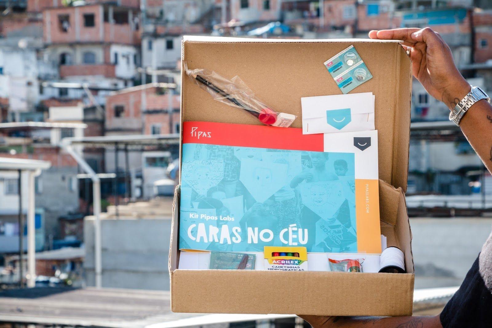 Pipas Labs e Voz das Comunidades distribuem Kits de Tecnologia Criativa