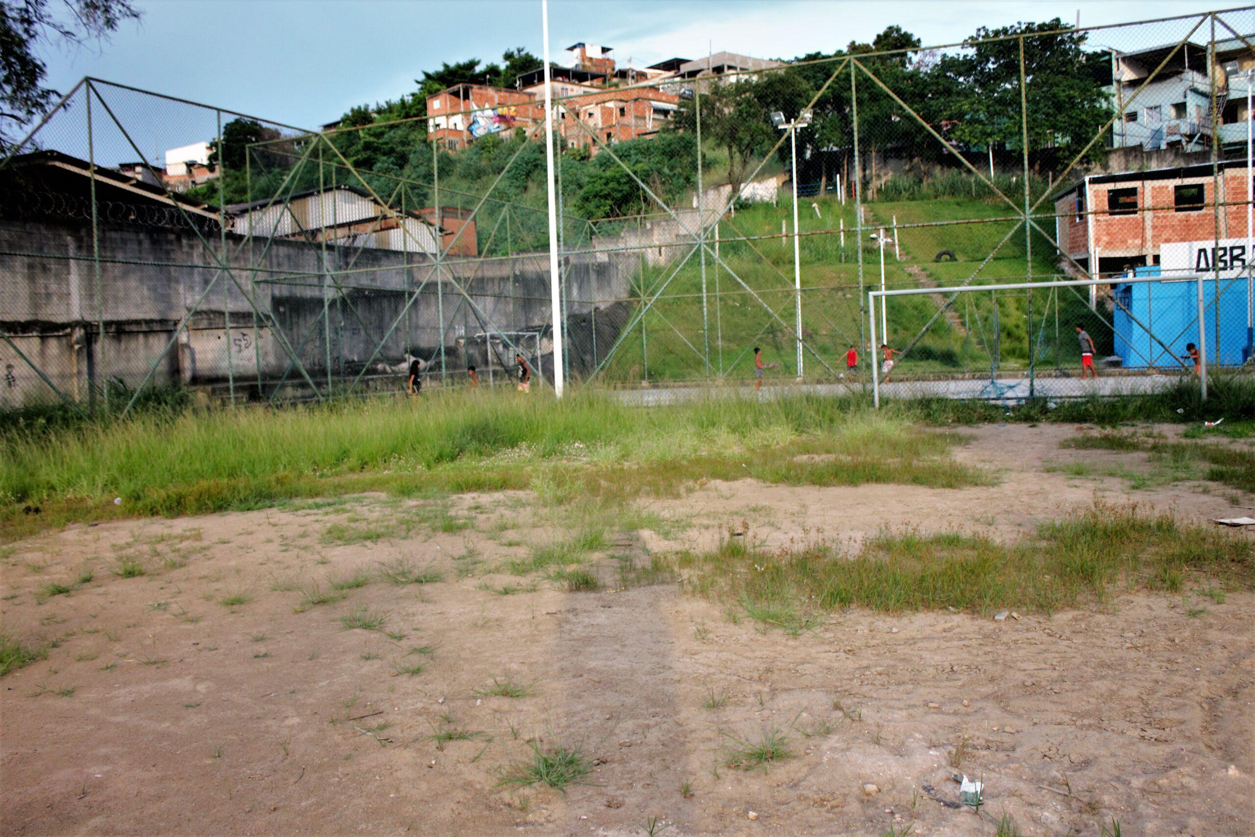 Moradores do Adeus cobram manutenção no Campo do PAC