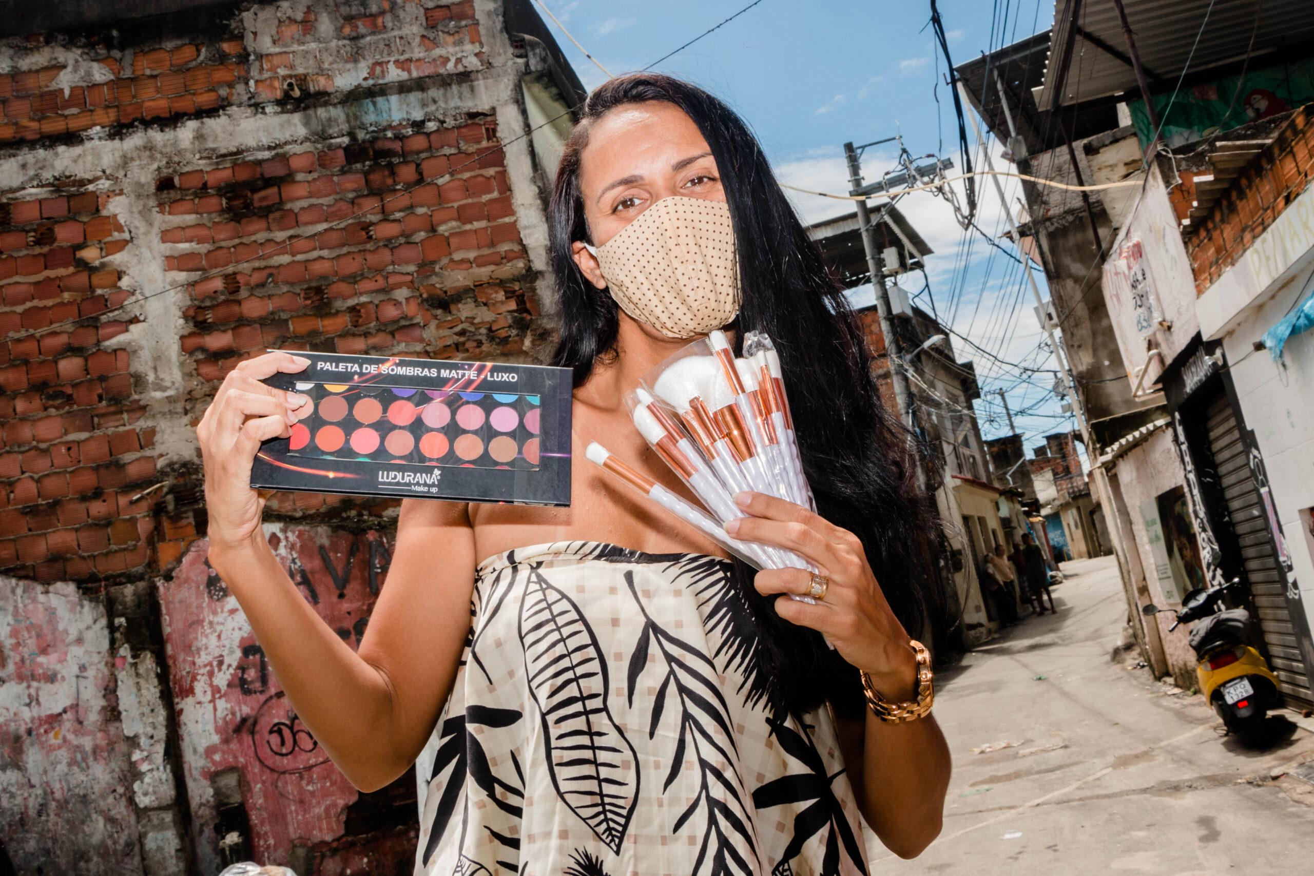 Make in Favela: a marca que vende maquiagens, investe em emoções e responsabilidade social