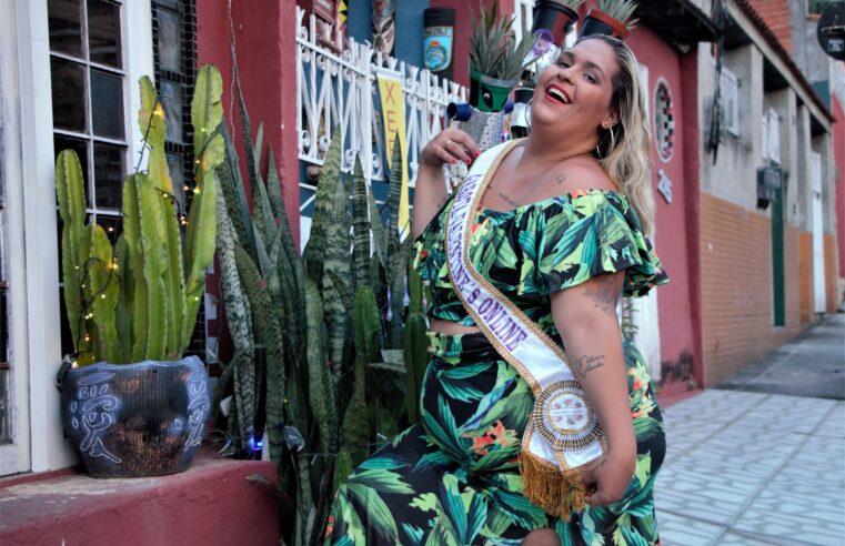 Modelo Pluz Size do Alemão é coroada Garota Valentine's Online 2020