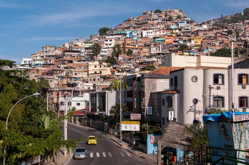 Governo Estadual desenvolve plano de metas para diminuir desigualdades em favelas do Rio