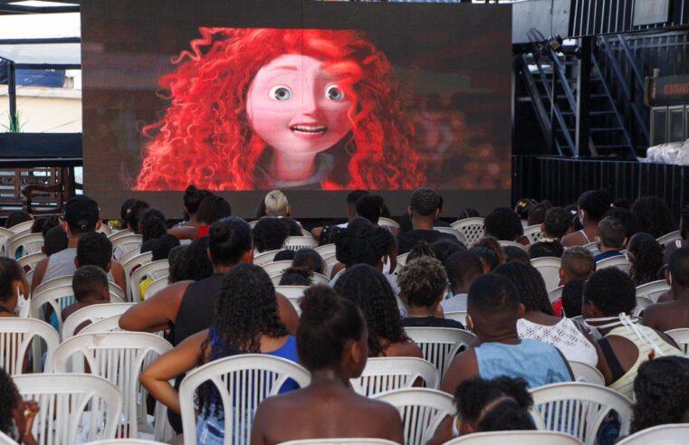 Projeto Cinema no Morro inicia 2021 com o filme Valente