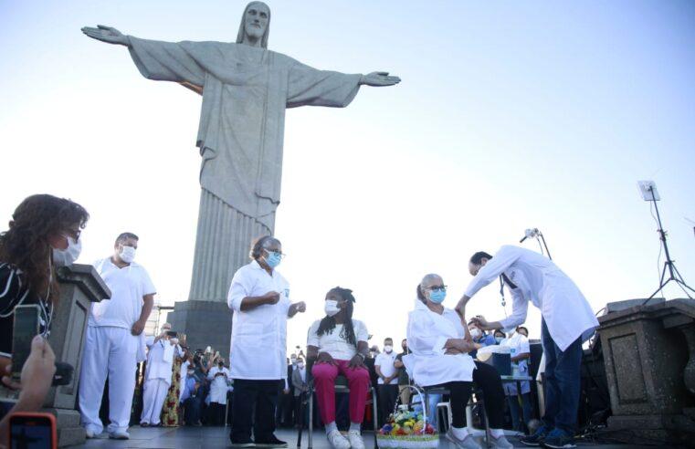 Começou a primeira fase de vacinação contra a Covid-19 na cidade do Rio