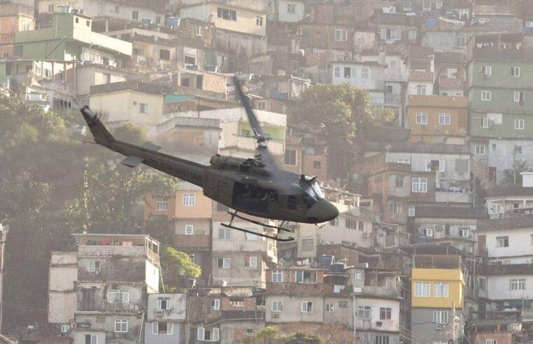 Desembargadora autoriza utilização de helicópteros durante operações policiais em favelas