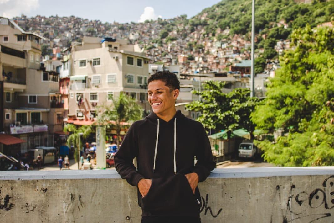Danrley Ferreira comenta a importância da favela no programa Big Brother Brasil