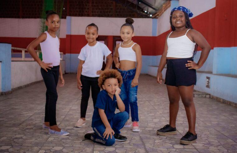 Projeto Esperança na Favela realiza neste domingo (21) evento sociocultural na comunidade do Fallet Fogueteiro
