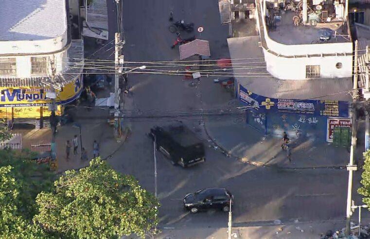 Manhã de retorno às aulas na Cidade de Deus é marcada pela violência