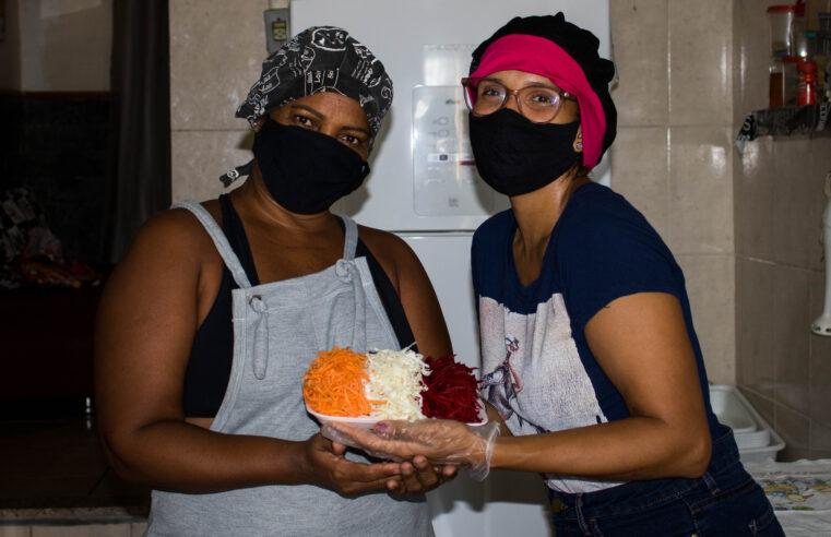 Moradoras do Alemão criam delivery de verduras e legumes