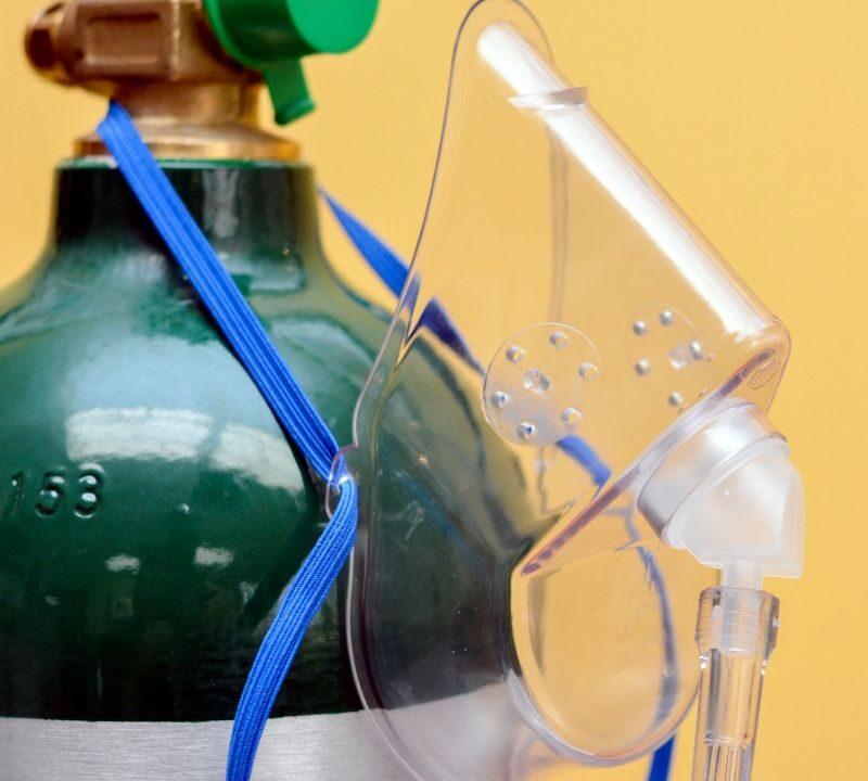 NÃO existe protocolo para baixar oxigênio de intubados e aumentar mortes por Covid-19