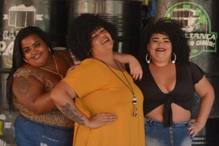 """Promovendo a autoestima feminina, o projeto """"O Glamour da Favela"""" premiará modelos Plus Size neste sábado"""