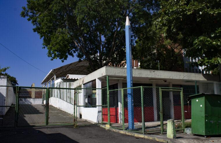 Escola no Alemão é alvo constante de furtos de fiações elétricas há cinco semanas