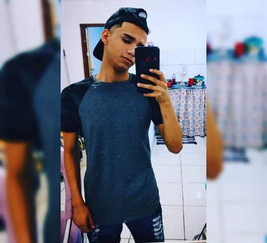 Enquanto retornava do mercado, adolescente é baleado no pescoço em ação policial no Morro São João