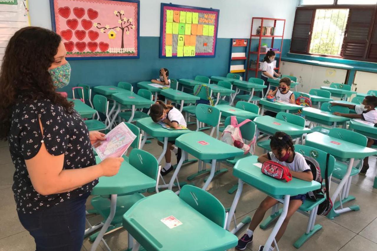20 escolas municipais no Rio retornam às atividades presenciais: Confira