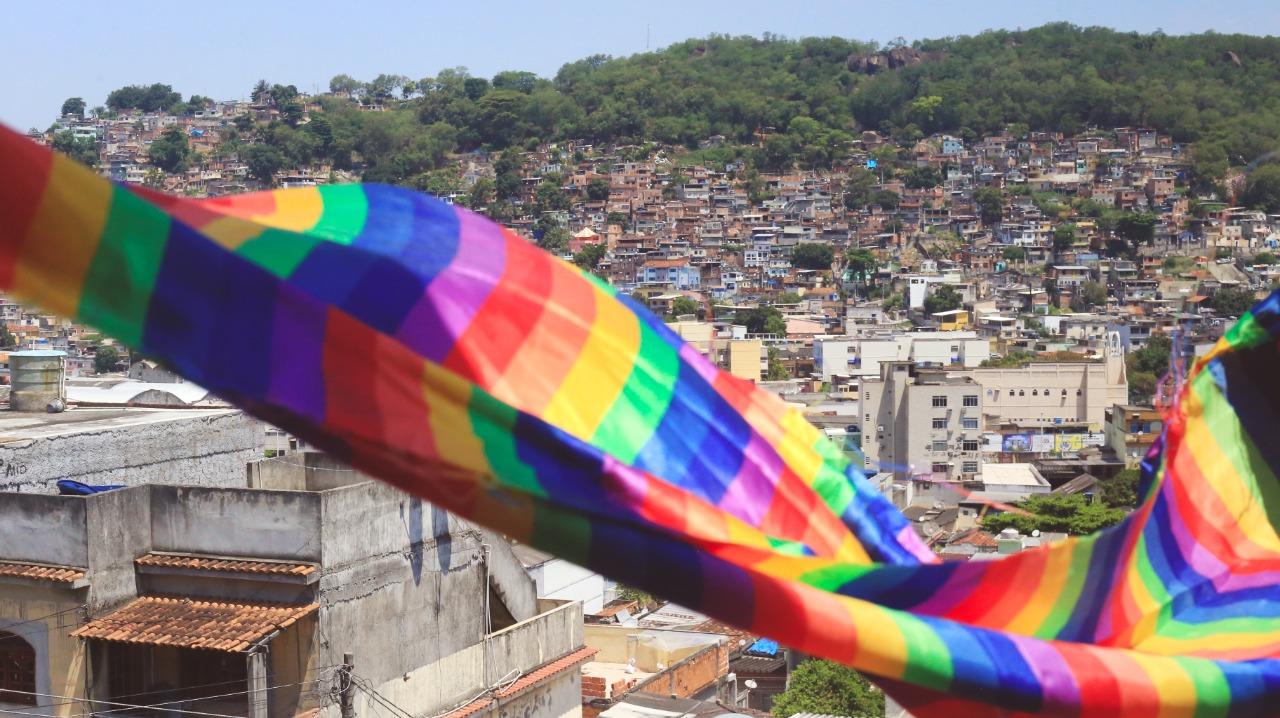 Como LGBTs no Brasil, devemos nos levantar contra a opressão como Marsha e Sylvia em Stonewall