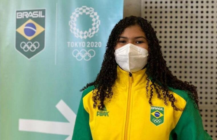 Moradora da Barreira do Vasco integra equipe de apoio do judô nas Olimpíadas de Tóquio