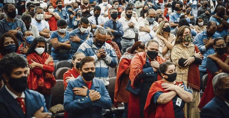 Evangélicos se unem em coalizão contra Bolsonaro