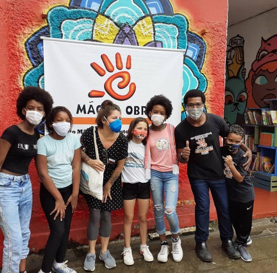"""Biblioteca comunitária da Providência promove """"vakinha"""" para concluir obras; saiba como ajudar"""