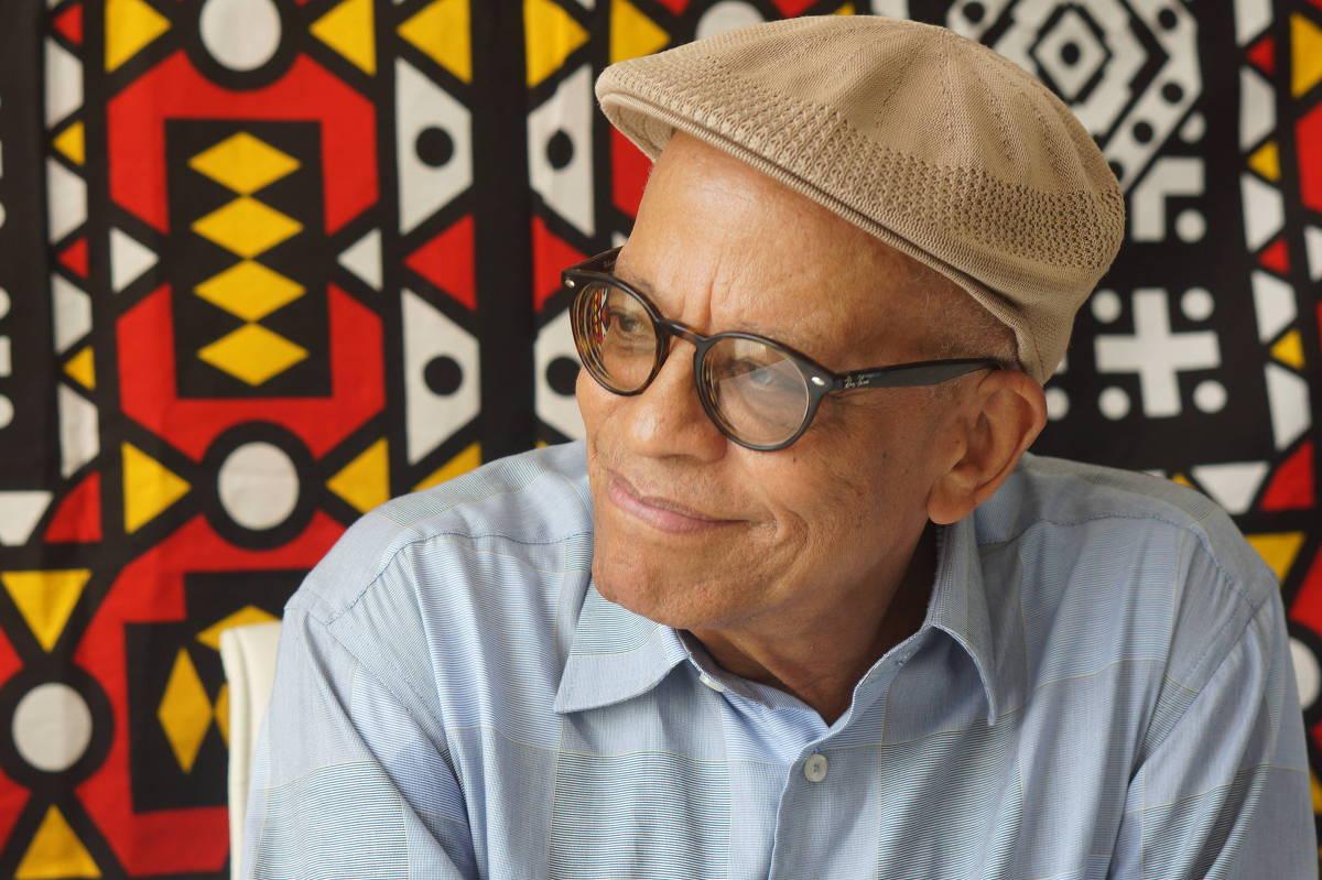 A tentativa de diminuir o legado de Nei Lopes foi interrompida pelo movimento negro