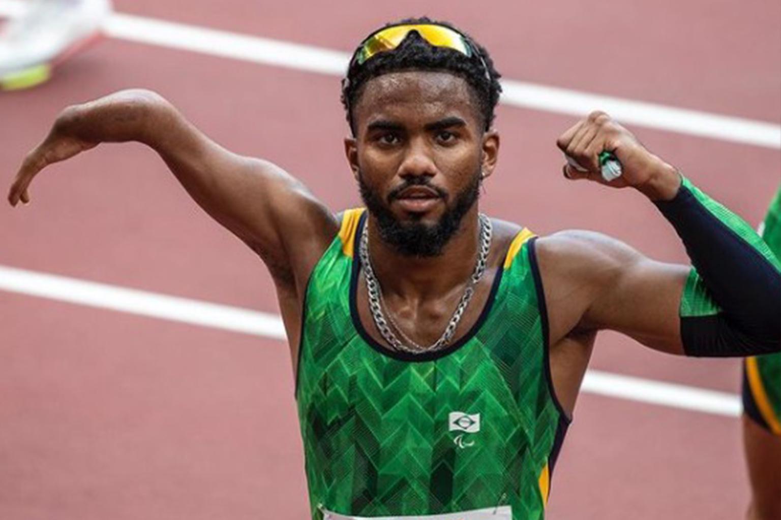 Cria da Cidade de Deus, atleta conquista o bronze nas paralimpíadas de Tóquio