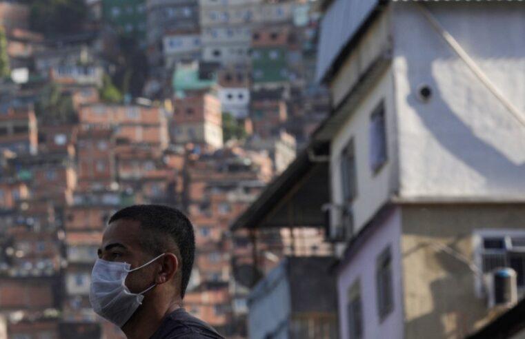 Favelas têm aumento de 81,18% de novos casos de Covid-19 em uma semana