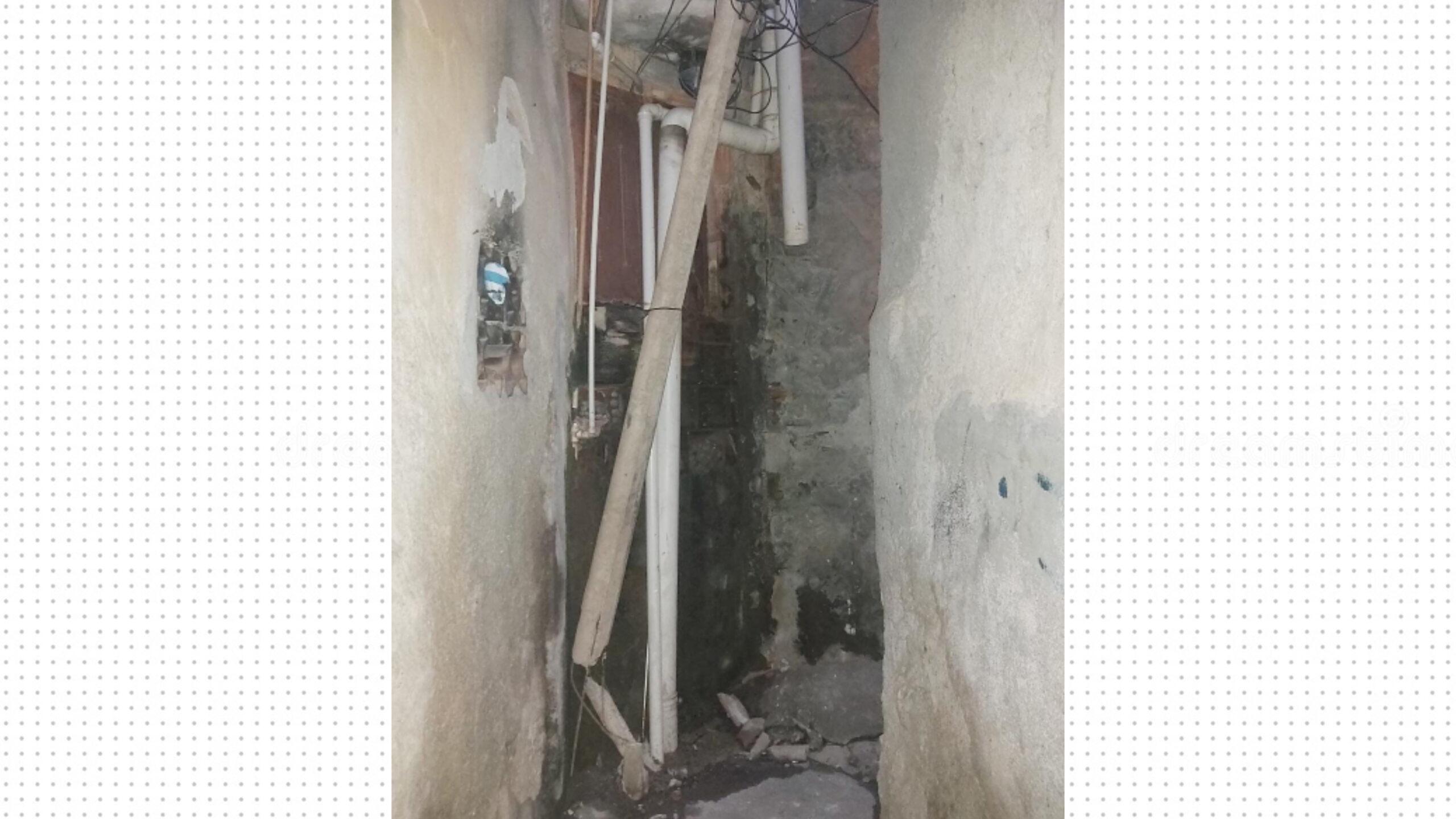 Dois postes danificados colocam em risco moradores na Penha