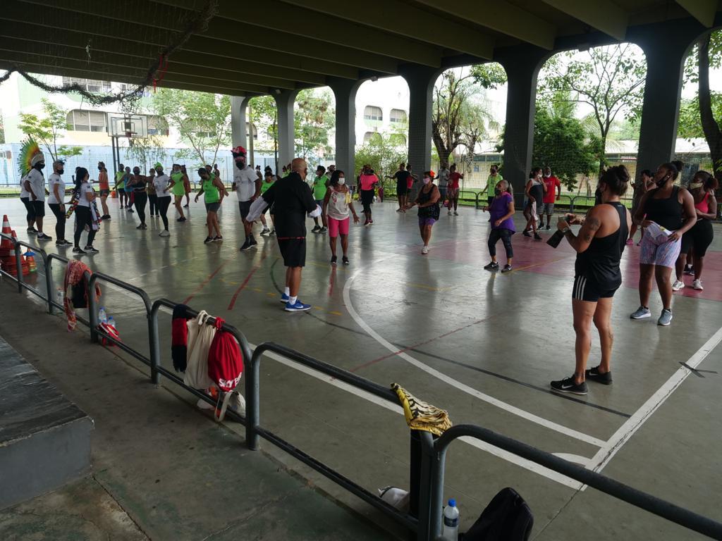 Vila Olímpica em Acari disponibiliza aulas de skate e ginástica artística