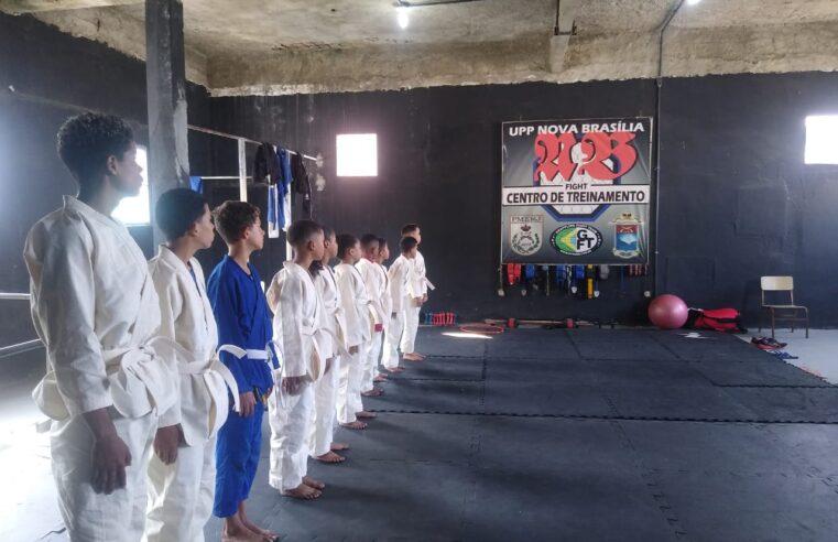 UPP Nova Brasília inicia projeto de judô com aulas para crianças