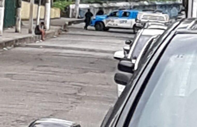 Intenso tiroteio é registrado nesta terça no Complexo da Penha